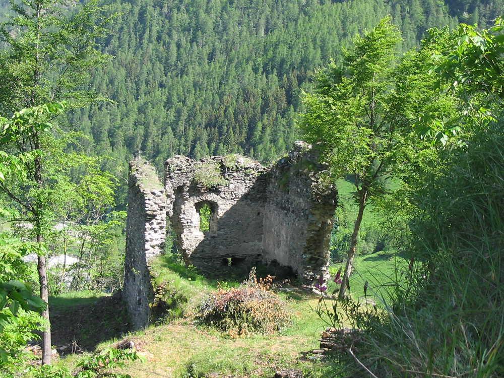 Casteldelfino_castello