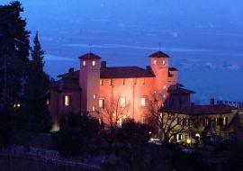 """Hotel Ristorante Castello Rosso <span class=""""fa fa-star""""><span class=""""fa fa-star""""><span class=""""fa fa-star""""><span class=""""fa fa-star""""></span>"""