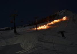 Fiaccolata sugli sci