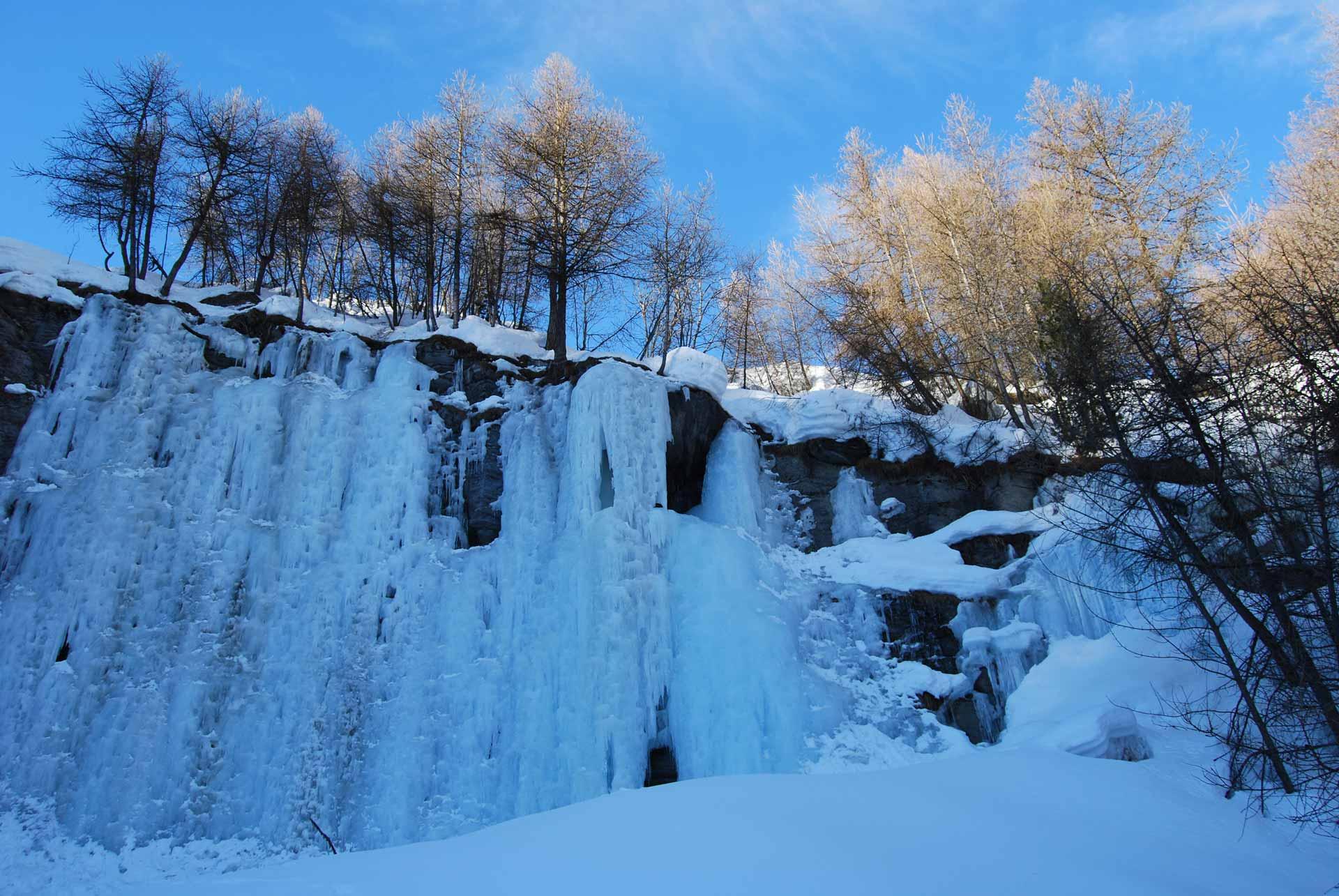 sci-alpinismo-SAmpeyre-e-valle-Varaita-3