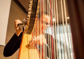 Laboratorio di disegno per bambini alla Salvi Harps di Piasco