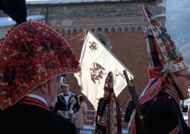 """Esposizione """"Dal bindel al chapel"""" al Convent di Rore"""
